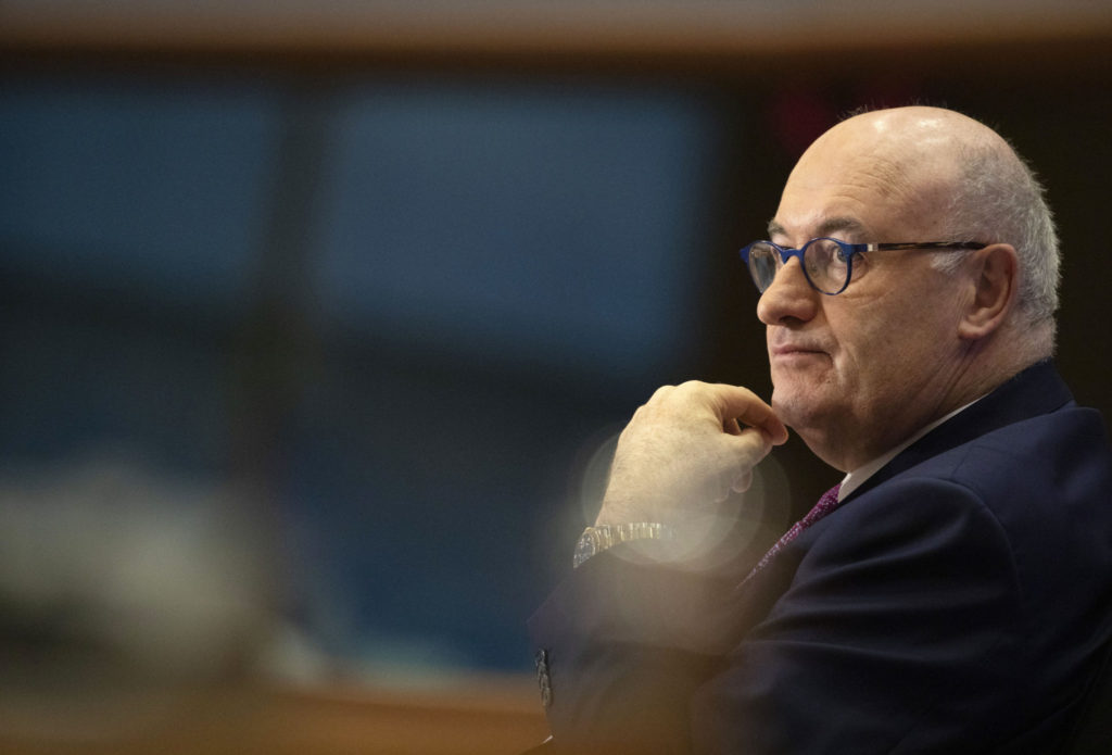 European Union trade commissioner Phil Hogan quits over Golfgate scandal