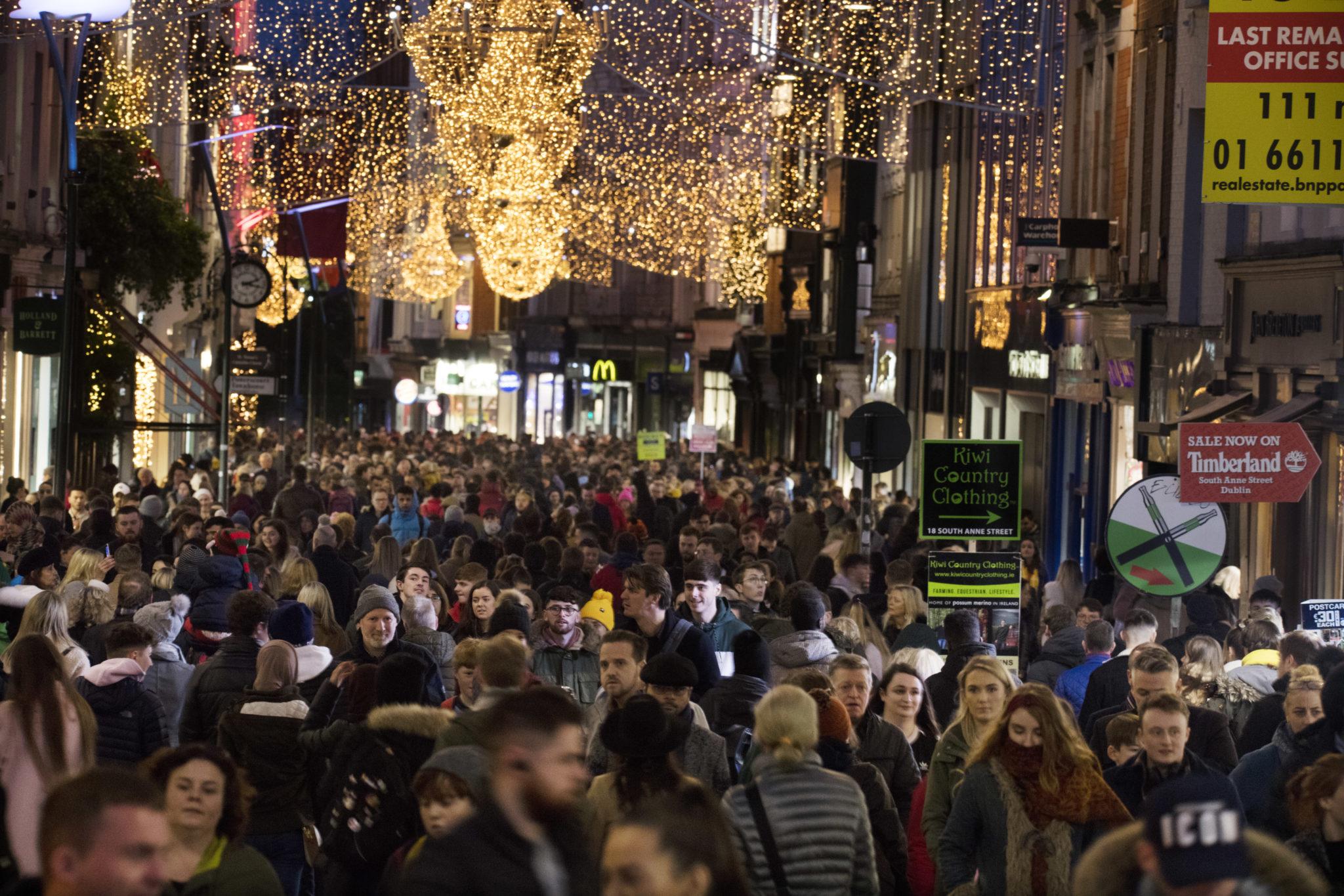 COVID Christmas REstaurants Lockdown