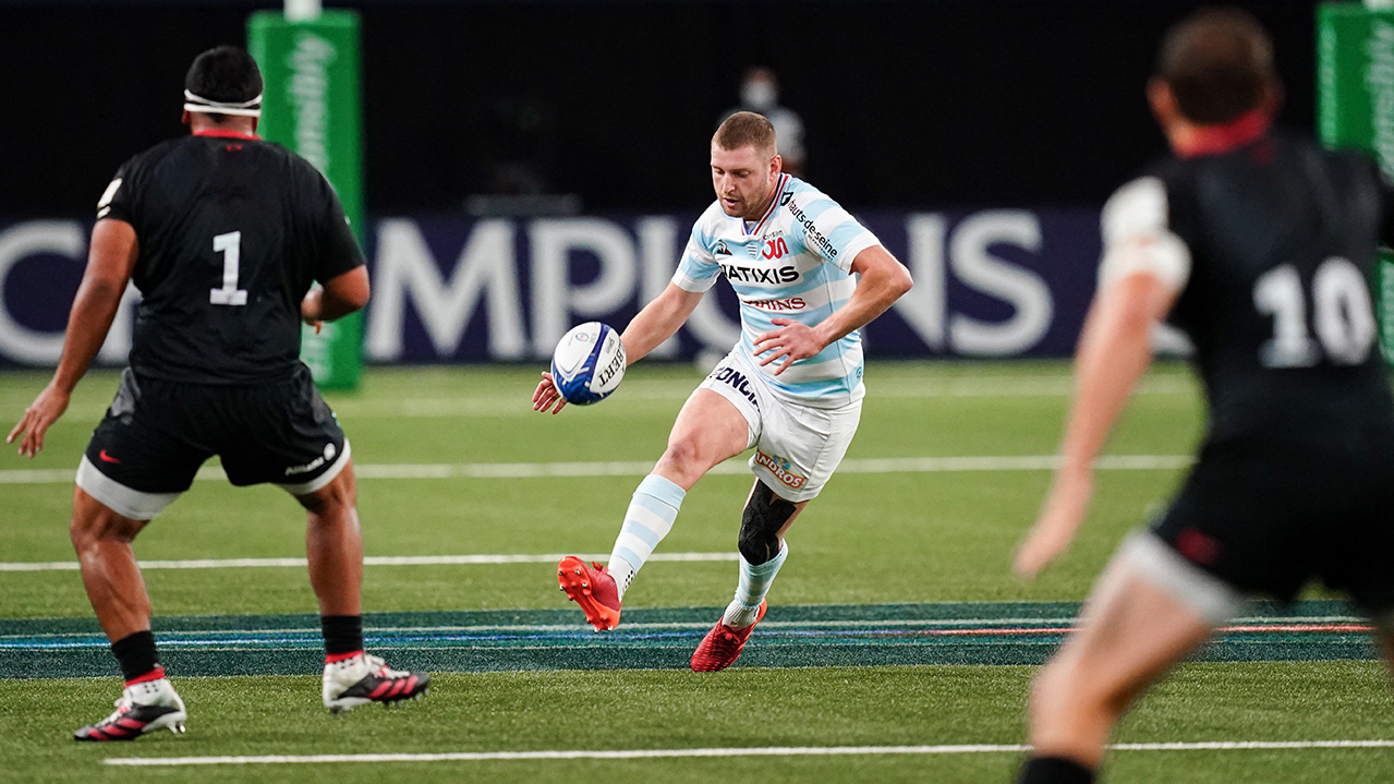 Finn Russell (R92) during the European Rugby Champions Cup Racing 92 (R92) v Saracens (SAR) semi-final match at the Paris La Defense Arena, in Nanterre, France on September 26, 2020. Racing 92 won 19-15