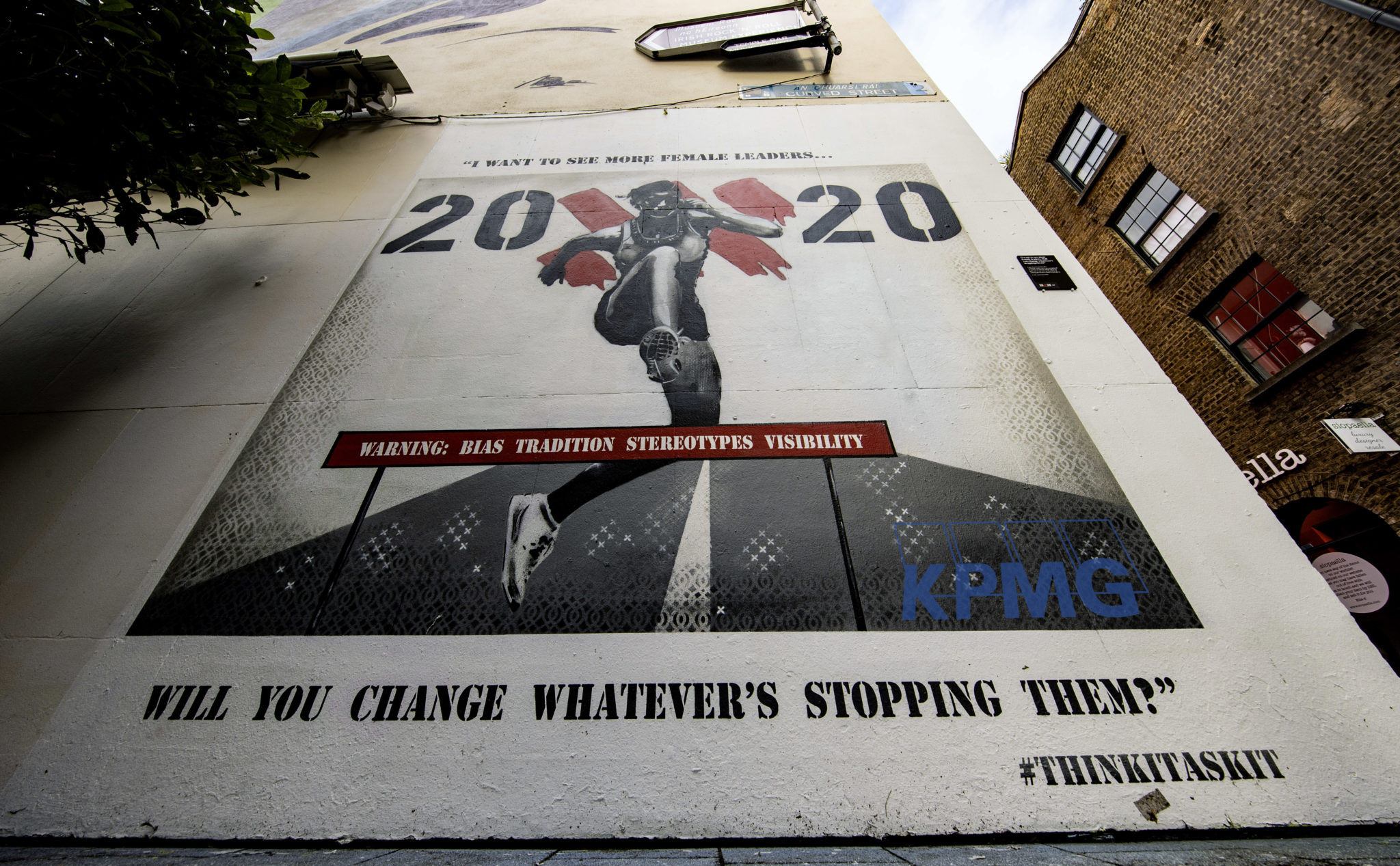 The 20x20 campaign created two murals, one of which resides in Curved Street, Temple Bar
