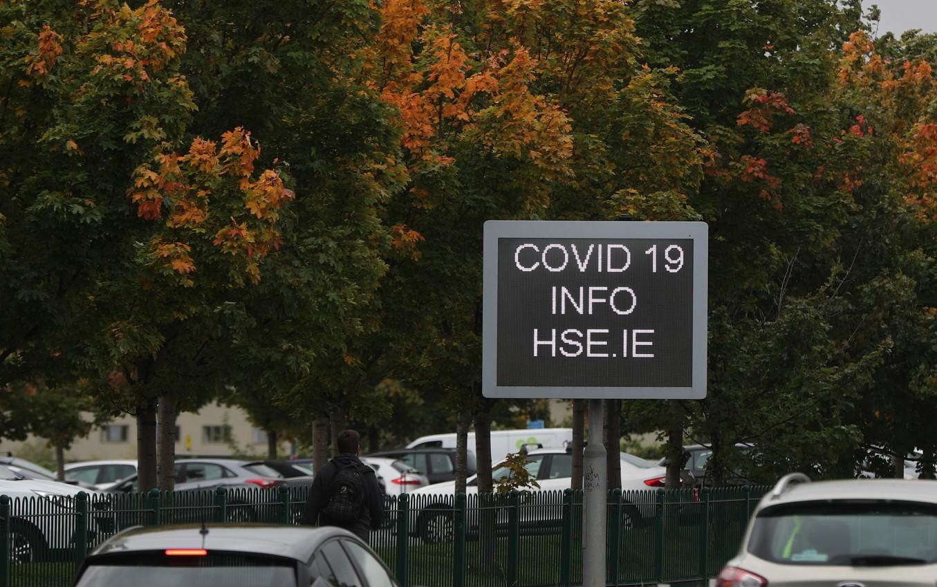 COVID-19 sign in Dublin