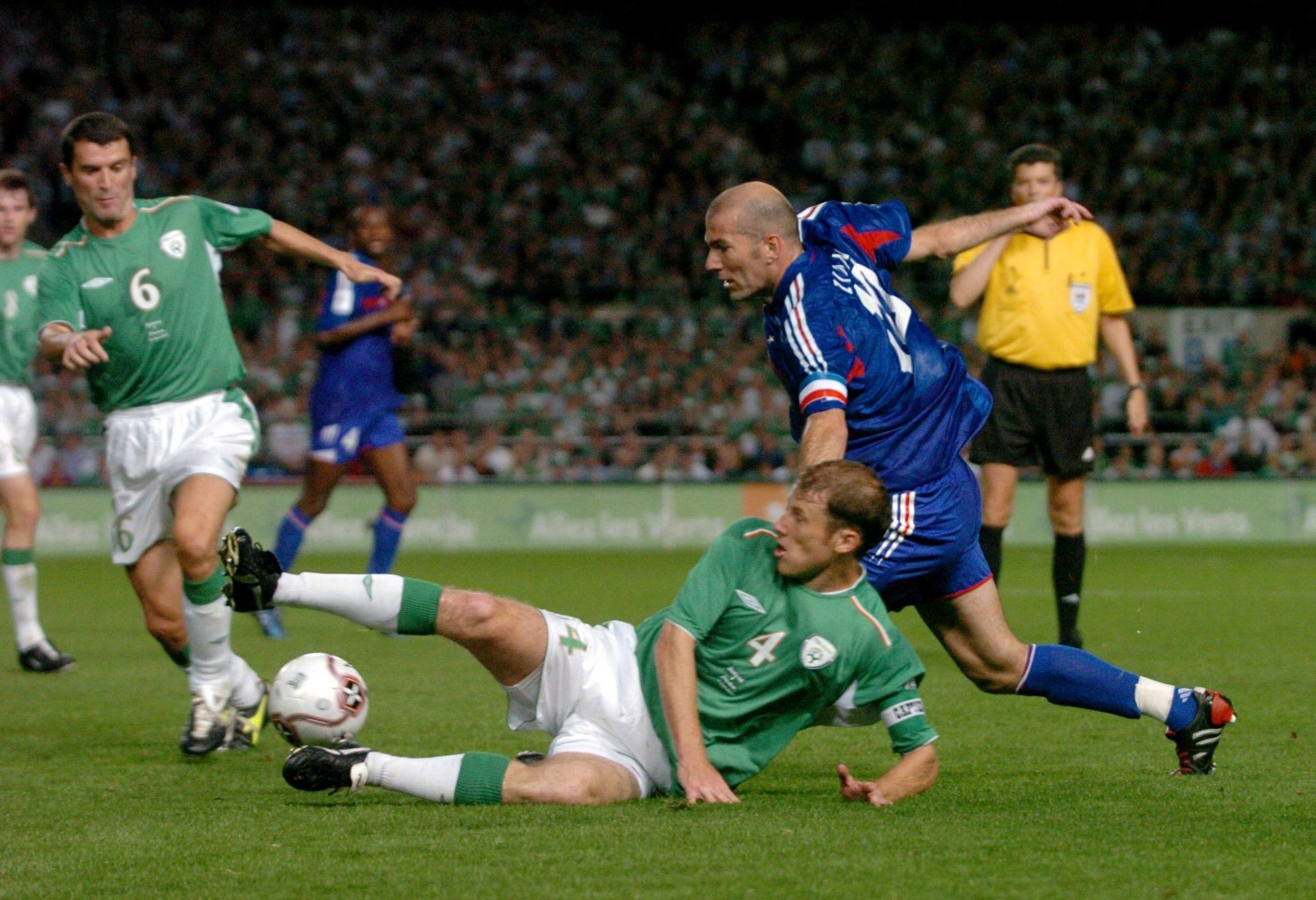 Roy Keane playing for Ireland
