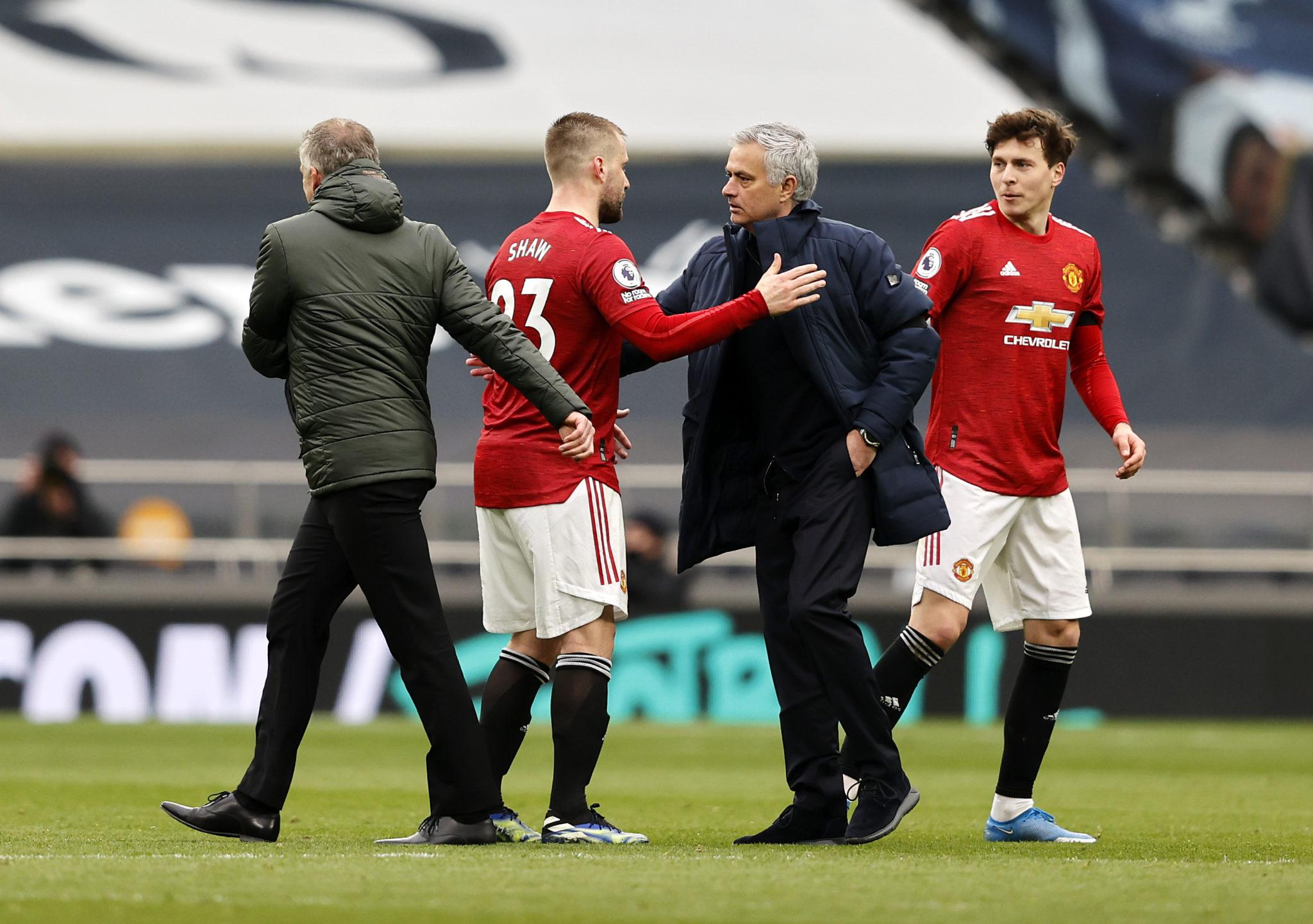 Tottenham manager Mourinho