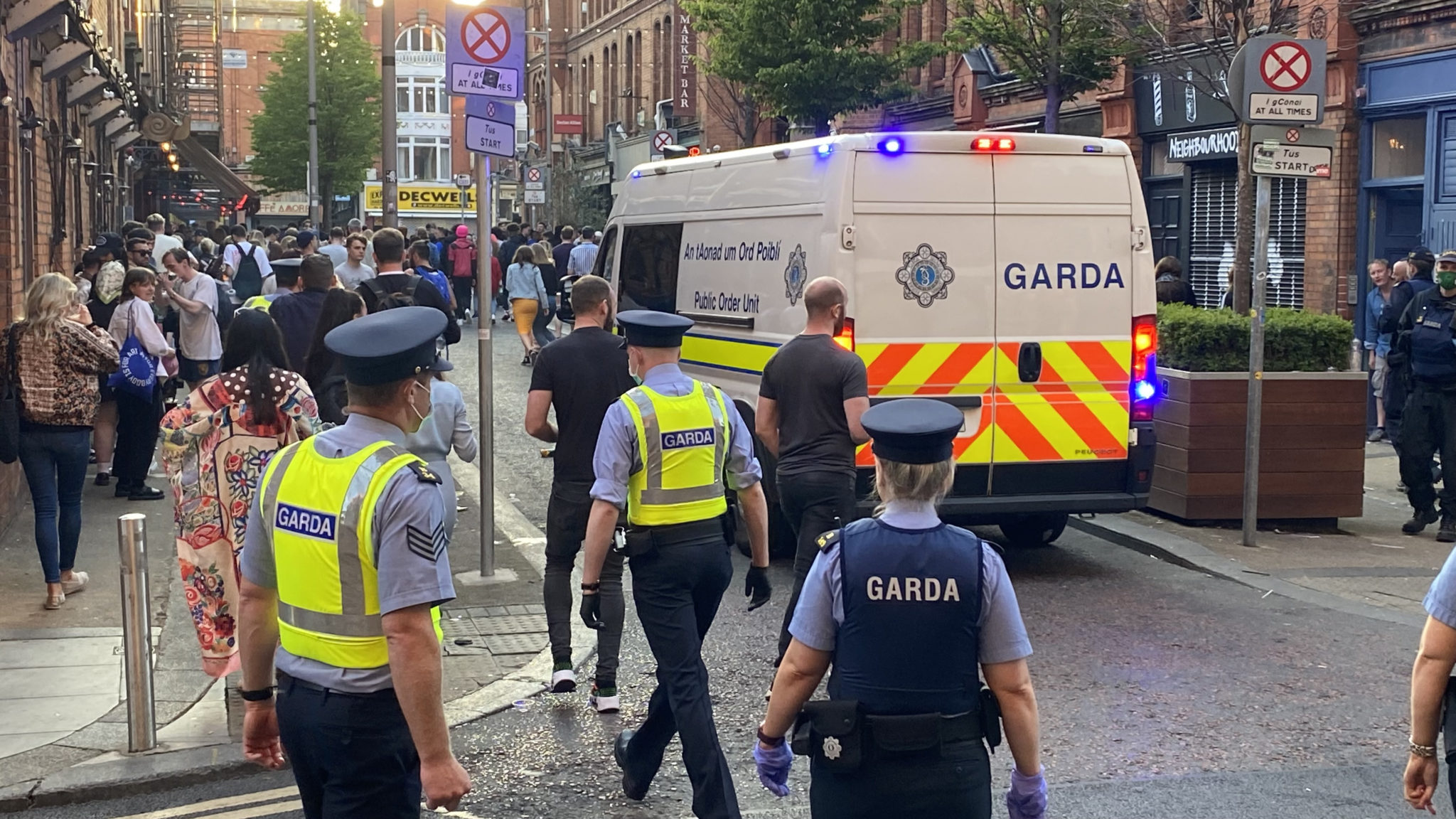 Gardaí move people on from Fade street in Dublin